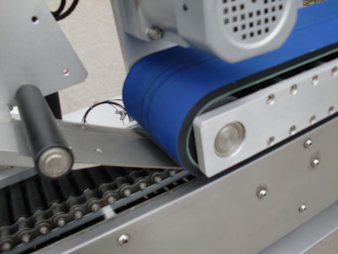 12-25mm Diameter round bottle self adhesive sticker automatic labeling machine for lip stick cosmetics