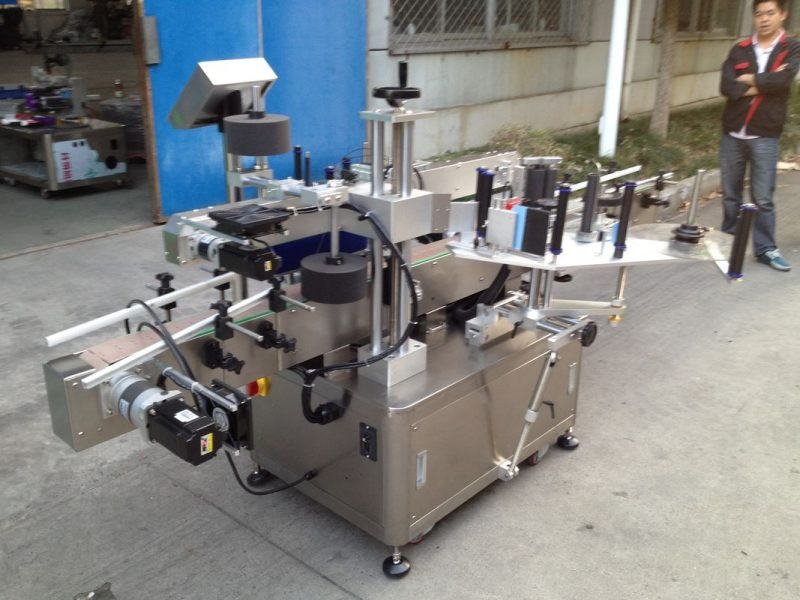 China Opp Bottle Automatic Sticker Applicator Machine For High Speed Hot Melt Glue supplier