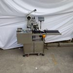 Top Labeling Machine Adhesive Label Applicator Optional Coding Machine