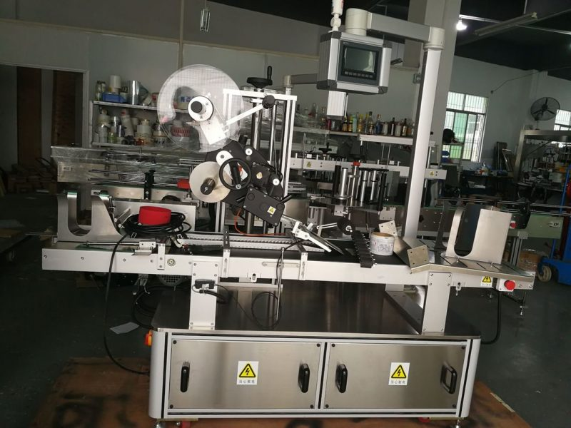 China Paging Top Labeling Machine For Plastic Bag / Unspread Carton / Mask Bag supplier