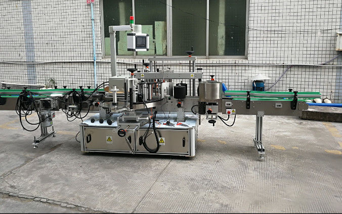China Two Side Automatic Sticker Labeling Machine With Servo Motor supplier